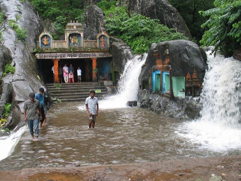 kalhatty waterfalls