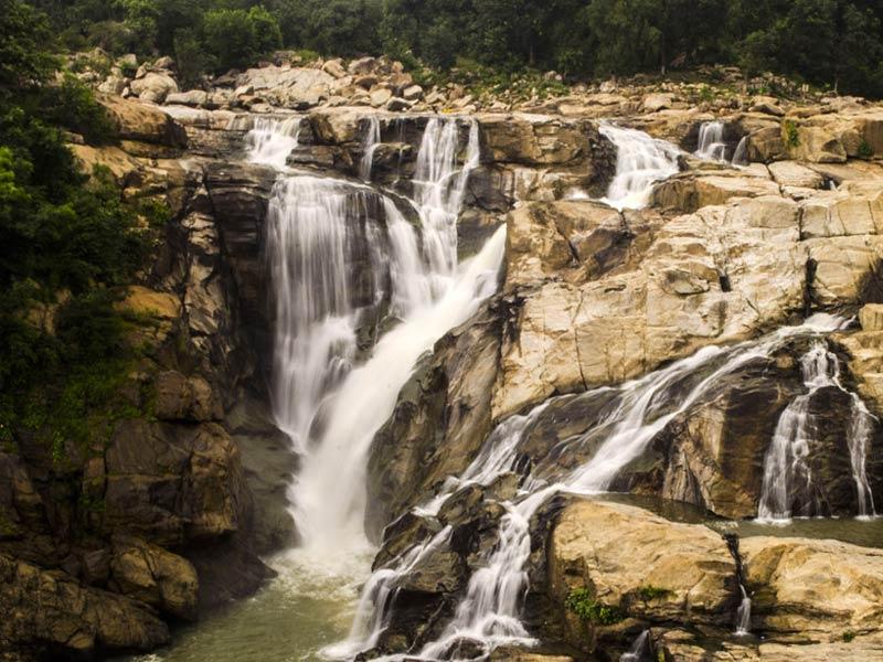 waterfalls in jharkhand