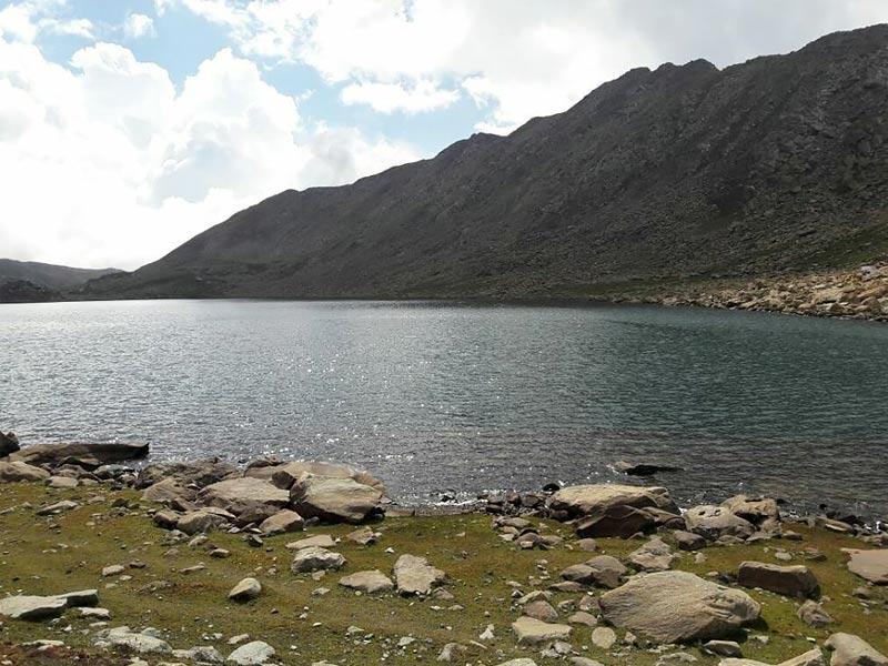 sar lake